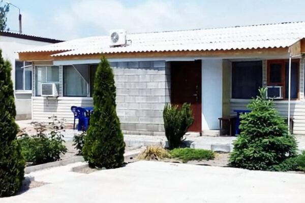 Гостевой дом на Анны Добросердовой, 39 в Бердянске - фото