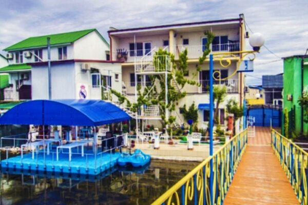 Мини-отель «Лилия» в Затоке - фото