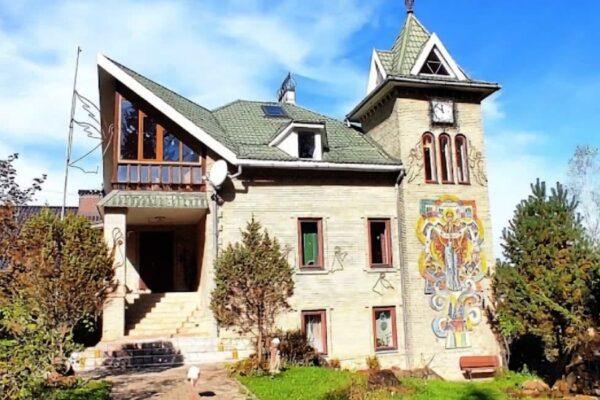 Мини-отель «Сказка леса» в Сходнице - фото