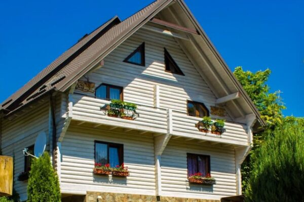 Готель Велика ведмедиця в Яремчі - фото